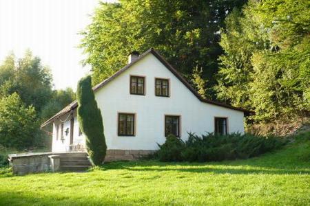 Chalupa k pronajmutí v Zahrádce - jižní Čechy