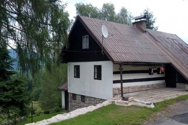 Chata na okraji Smržovky v Jizerských horách