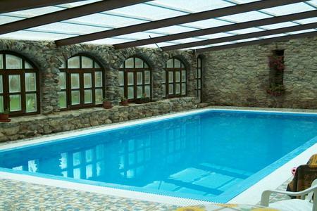 Chaty a chalupy s bazénem k pronajmutí - Chalupa s bazénem v Rampuších