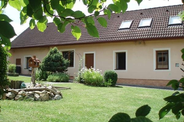 Chalupa ve Frahelži v jižních Čechách