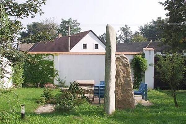 Chaty a chalupy - Chalupa v Malíkově v jižních Čechách - zahrada