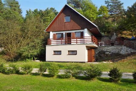 Chata ve Vnorovicích v jižních Čechách