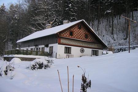 Silvestr na horách - Orlické hory - Chalupa pod lesem