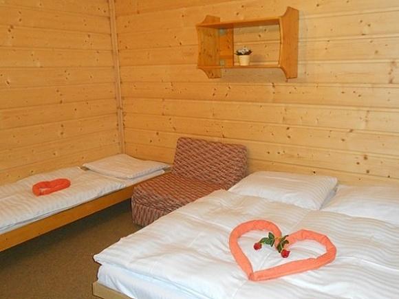 Chaty a chalupy - Rodinný penzion na Bečvěi v Beskydech - herna