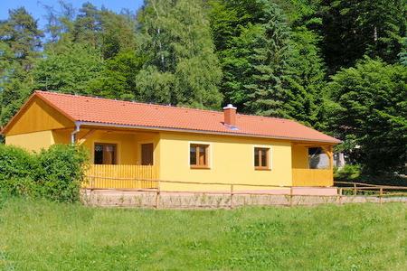 Dovolená v Čechách - Orlík - dovolená v chatách, chalupách a rodinných penzionech na Orlické přehradě